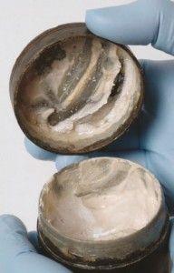 Londinium Cream Open Tin