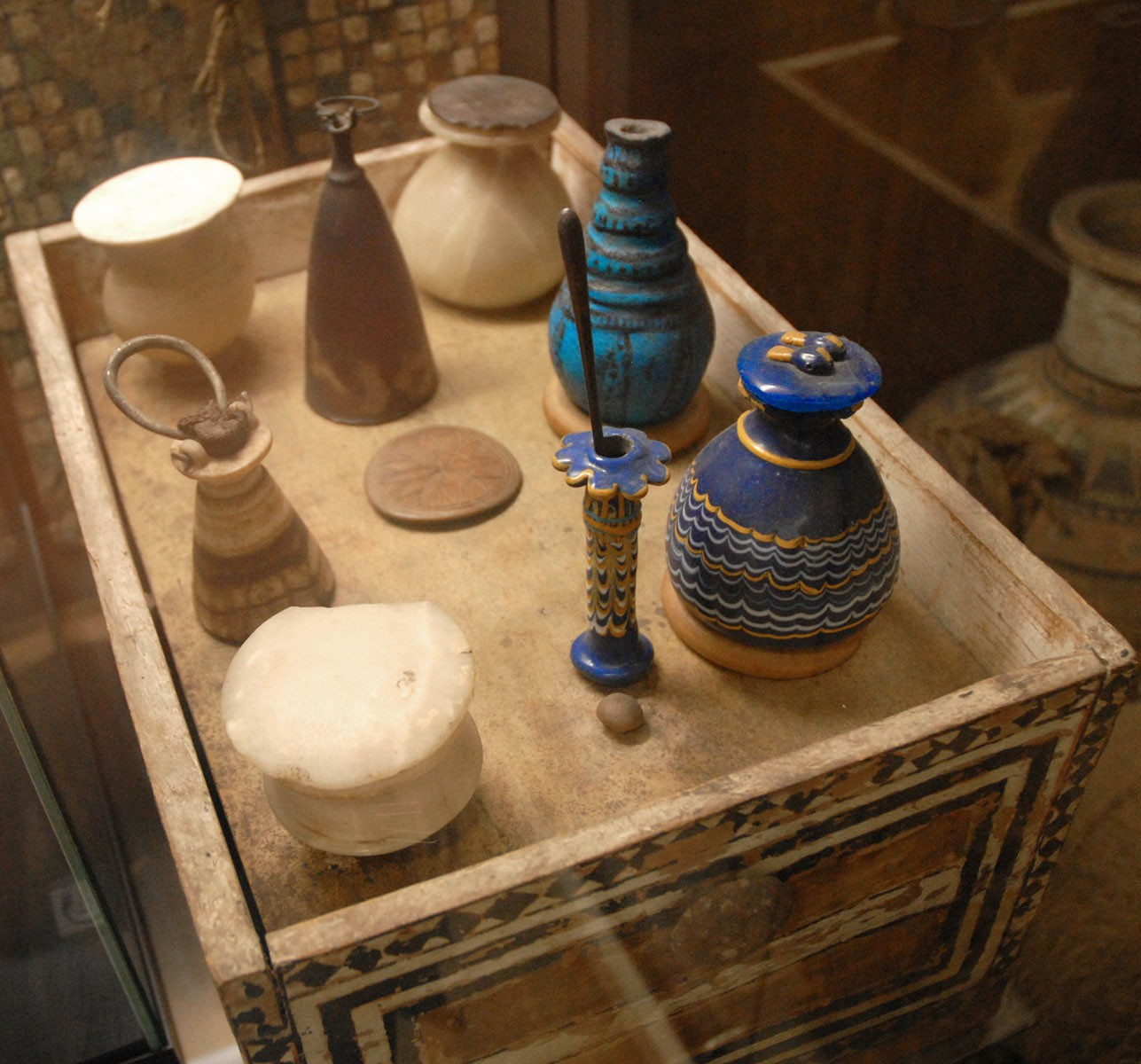 Buy Egyptian Ancient perfume pictures picture trends