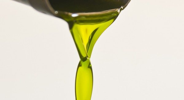 Avocado oil has a naturally beautiful vibrant green colour - it looks good enough to eat!